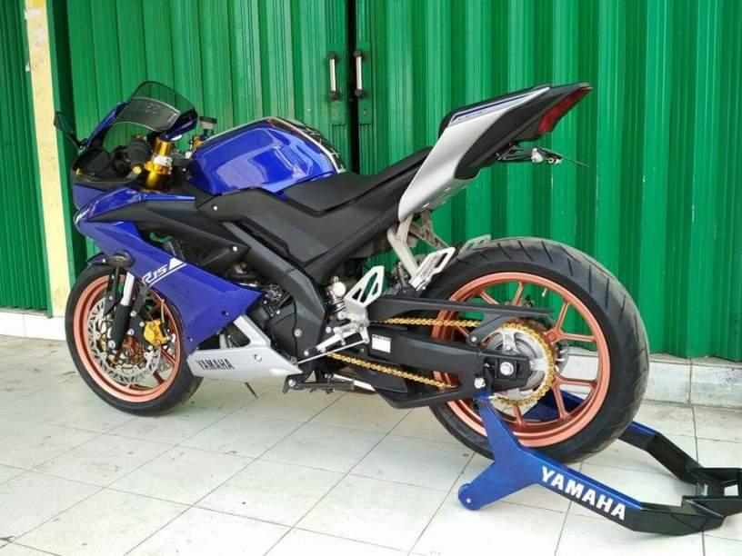Modifikasi Yamaha R15 Vva 155 Dengan Kaki Kaki Yamaha Yzf R1 Sangar
