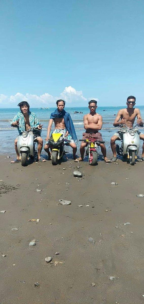 4 Pemuda Filipina Touring Dengan Pocket Bike, Berencana Tempuh 460 Kilometer !!!